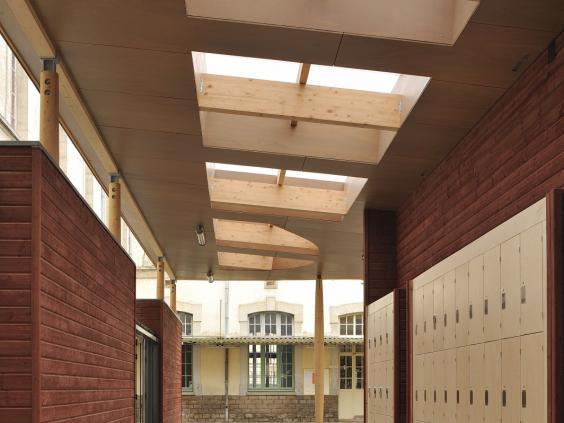 Lycée Emiland Gauthey